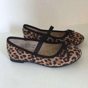 Girls Leopard Flats!